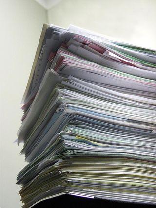 Paper-pile-1238396-1279x1701