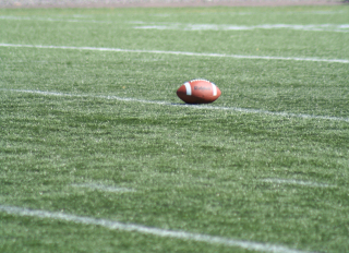 Football-5-1558132-1280x930
