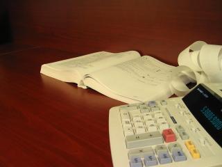 Accounting-calculator-tax-return-taxes-1241517-1280x960