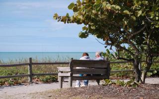 Enjoying-retirement-1358850-1278x796